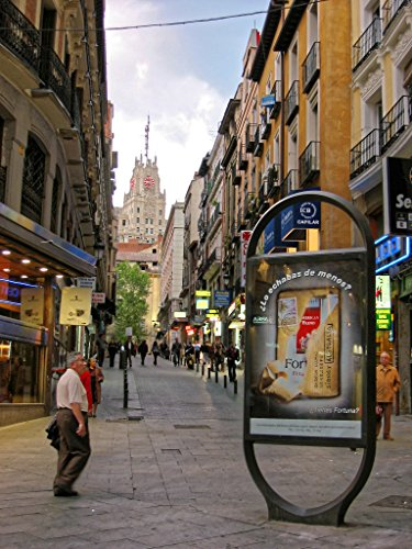 Madrid - Capital of Castilla and Spain: Photo Gallery (Spain 2003 Book 2) (English Edition)