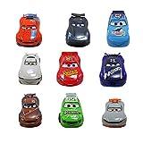 Disney Juguete Deluxe de 9Piezas de la película Cars Pixar, Figuras de Coches detalladas, Juguete Store con Coloridos Personajes Distintos, Incluye a Rayo Mcqueen, Mayores de 3años