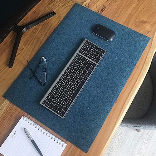 Kontor28 - Filz-Tischunterlage HOLM 59 x 42 cm, waschbare upcycling Schreibtischunterlage für Büro oder Zuhause aus hochwertigem rPET Filz, Made in Bayern. Farbe petrol blau