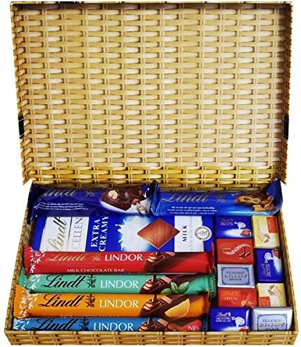 Chocolate Gift The Ultimate Lindt Chocolate Selection Box Assorted