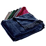 KADAX Kuscheldecke, weiche Wohndecke mit Fransen, 150 cm x 200 cm, Sofa-Decke, Couchdecke, warme Decke für Couch, Bett, Tagesdecke aus Baumwolle, Acryl, leicht zu pflegen (dunkelblau)