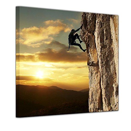 Keilrahmenbild - Bergsteiger im Sonnenuntergang - Bild auf Leinwand 80 x 80 cm - Leinwandbilder Bilder als Leinwanddruck Landschaften Sport - Klettern im Gebirge