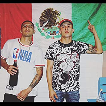 Rico y Sin Dinero (feat. Novato)
