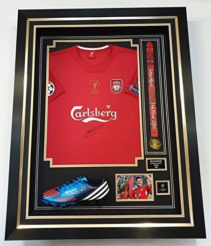 www.SignedMemorabiliaShop.co.uk ondertekende Steven Gerrard Shirt Boot en Medal Liverpool *AFTAL DEALER COA*
