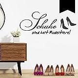 Wandkings Wandtattoo 'Schuhe sind halt Rudeltiere!' 80 x 32 cm schwarz - erhältlich in 33 Farben