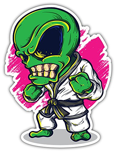Alien dragen Karate pak Bumper Sticker Vinyl Art Decal voor Auto Truck Van Wall Window (20 X 24 cm)