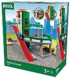BRIO World 33204 Parkhaus, Straßen und Schienen – Parkgarage mit Aufzug, steiler Ausfahrt und Tankstelle – Kleinkinderspielzeug empfohlen für Kinder ab 3 Jahren