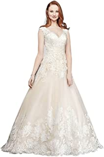 Scalloped V-Neck Lace and Tulle Wedding Dress Style WG3850