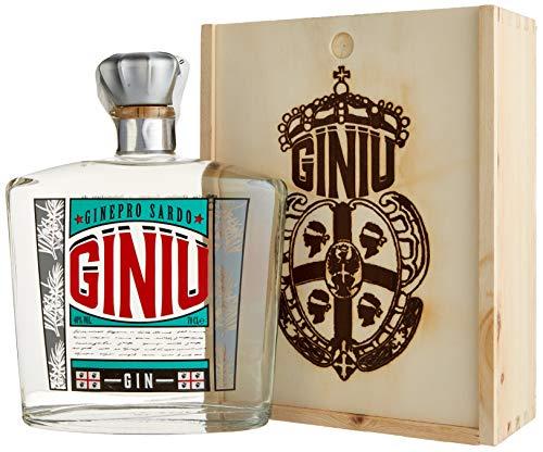 Giniu Gin in Holzkiste (1 x 0.7 l)