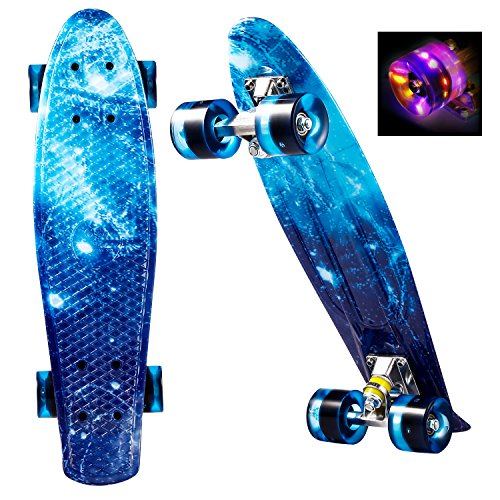 WeSkate Mini Cruiser Skateboard Retro Complete Board 22 Inch 55 cm Vintage Skate Board with Plastic Deck and Flashing LED Wheels, Cruiser Board with LED Light Wheels for Adults Children Boys Girls