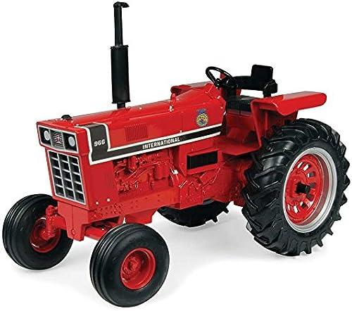1 16 International 966 FFA Tractor by ERTL