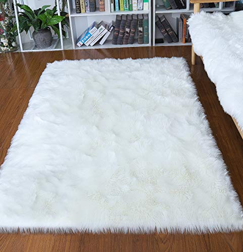 Junovo Ultra Soft Thick Fluffy Faux Sheepskin Area Rug, White Fur Rug for Living Room Bedroom Dormitory Home Decor, 4ft x 6ft White