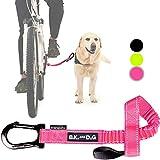 BIKE AND DOG Correa de Perro para pasear en Bicicleta Perros, se coloca sin Herramientas en el Eje de la Rueda Trasera Donde el Perro ejerce Menor Fuerza. Producto Patentado. Color Rosa flúor