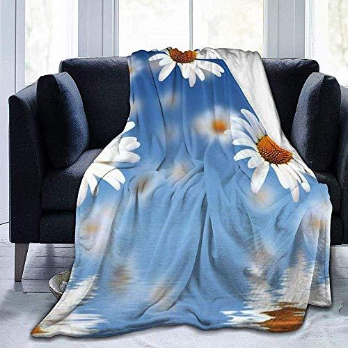 Colcha de calidad cálida y suave y versátil, con diseño de margaritas en color azul claro, para dormitorio, sala de estar, sofá, cama, 152 x 127 cm