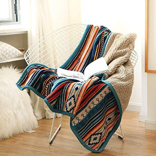 Qucover Kuscheldecke 127x152cm für Kinder Wohndecke Flauschige Decke mit Buntem Streifen Zweiseitige Sofadecke Weiche Fleecedecke