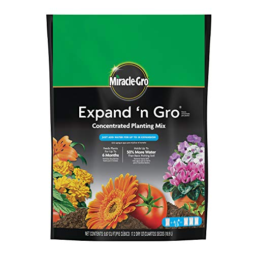 Miracle-Gro Expand 'N Gro Concentrated Planting Mix, .67 cu. ft.