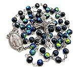 Nazareth Store - Rosario católico multicolor con cuentas de cristal, medalla y cruz en bolsa de terciopelo