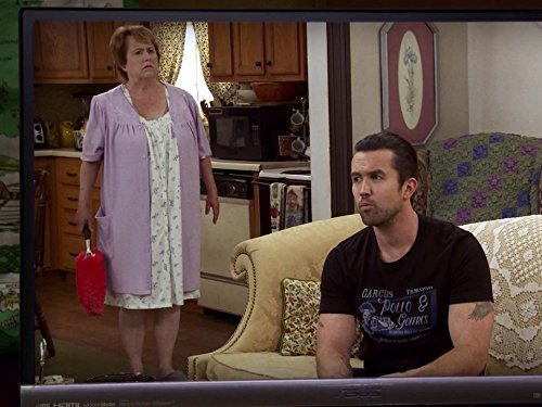 Old Lady House : A Situation Comedy