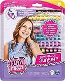 Cool Maker 6038304 - Kumi Fashion Set para crear hasta 12 pulseras con KumiKreator, para niñas de 8 años en adelante, modelos surtidos
