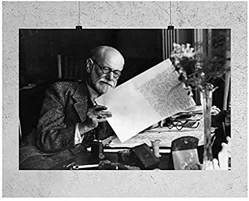 W15Y8 Sigmund Freud En La Oficina En Casa En El Escritorio Cartel De Pared Arte Decoración Del Hogar Lienzo Arte De Pared 24X32 Pulgadas Sin Marco