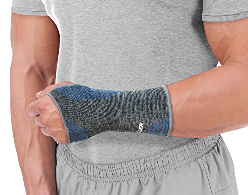 MUELLER 4-Way Stretch Premium Knit Wrist Support with Thermo Reactive Technology, Small/Medium, Black