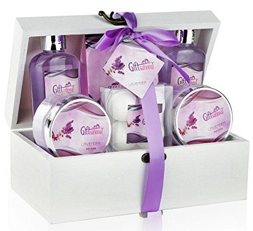 Price comparison product image Spa Gift Basket with Sensual Lavender Fragrance,  Best Mother's Day,  Birthday,  Wedding,  or Anniversary Gift for Women,  Girls,  Bath Set Includes Shower Gel,  Bubble Bath,  Bath Salts,  Bath Bombs and More