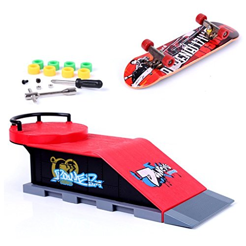 Mini skateboard per dita con rampa e set di accessori, D