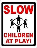165の新しいブリキのサイン遊びで遅い子供たちは近所で子供たちを安全に保つのを助けます。アルミニウム金属道路標識壁装飾8x12インチ