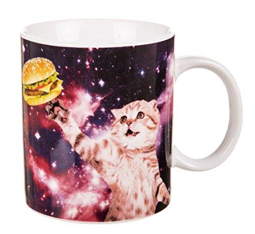 Chat dans lespace tasse avec bote cadeau