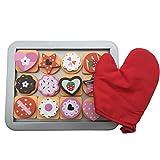 BeeSmart Hölzerne Keks / Plätzchen Backset für Kinder, 25 Stücke, Rot Ofenhandschuh und Backblech, magnetische, austauschbare Teile