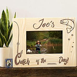 Personalized Photo Frame, Engraved Fishing Wooden Frame with Name | Customized Catch of The Day Picture Frame | Cute Fisherman Gift | 5 x 7 Picture Frame Light Brown