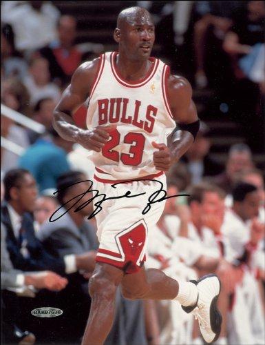 Foto firmada por Michael Jordan, brillante