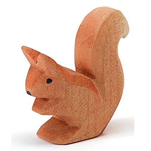 Ostheimer Eichhörnchen sitzend 16602