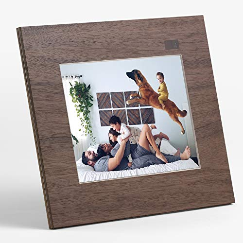 "Aura Digital Photo Frame, 10"" HD Display, 2048 x 1536 Resolution with Free Cloud Storage, Oprah's Favorite Things List 2018, Wood WiFi Picture Frame"