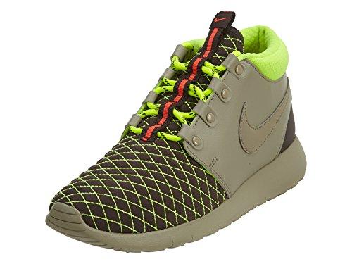Nike Gs Roshe One Mid Winter Sneaker (5)