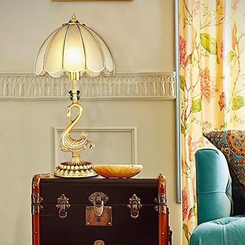 De enige goede kwaliteit decoratie Retro koper tafellamp creatieve slaapkamer nachtlampje eenvoudige Europese restaurant lamp tafellamp 30 * 60cm