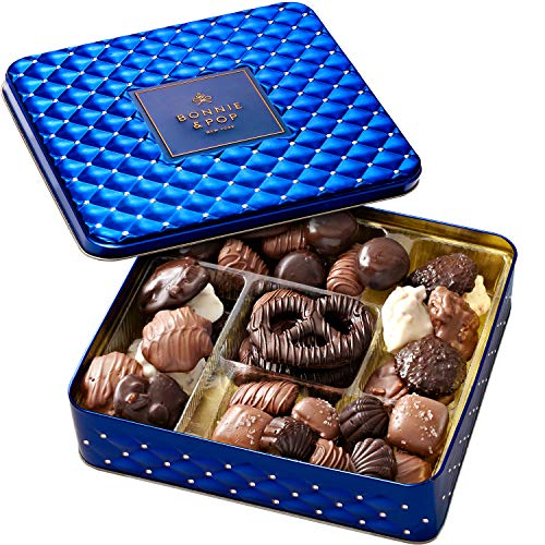 BONNIE AND POP - Hanukkah Gift Basket - Chocolate Gift Box, Holiday Food Gifts Prime - Assorted Treat Tray Tin for Men and Women