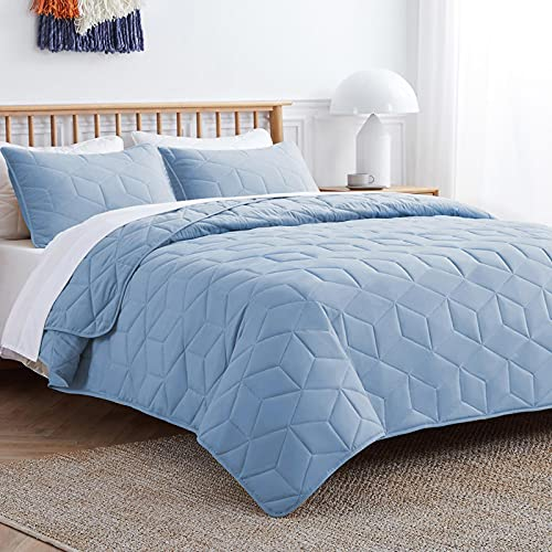 VEEYOO Bedspread Quilt Set Queen Size - Soft Microfiber Lightweight Queen Quilt Set Coverlet for All Season, 3 Pieces Baby Blue Bedspread Quilt Set with Pillow Shams (92 x 92 inches)