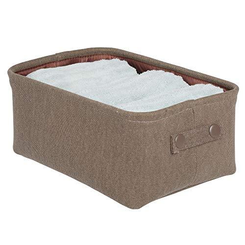 mDesign Cesta de tela con forro y diseño estructurado – Ideal como cesto para baño o como organizador de cosméticos – Práctico organizador de baño de algodón y metal con asas – marrón oscuro