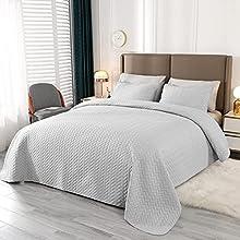 VINILITE Colcha Multiusos 230 x 250 cm Cubrecama de Poliéster Manta para Dormitorio Hotel con 2 Fundas de Almohada