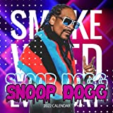 Snoop Dogg Calendar 2022: Snoop Dogg 2022 Planner with Monthly Tabs and Notes Section, Snoop Dogg Monthly Square Calendar with 18 Exclusive Photos