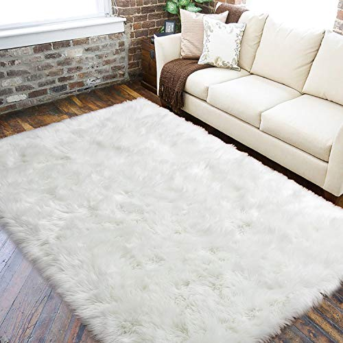 LOCHAS Weißer Flauschiger Kunstpelz-Teppich für das Wohnzimmer, Superweicher Schaffell-Teppich Rutschfester Yogamatten-Schlafzimmersofa Shaggy Silky Plush Carpet Nachttische Wohnkultur 90 x 150 cm