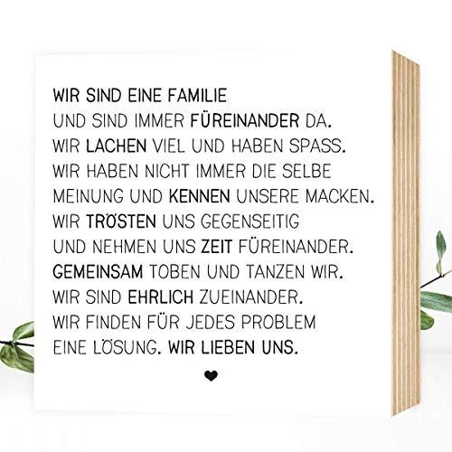 W&erpixel® Holzbild Wir sind eine Familie - 15x15x2cm zum Hinstellen/Aufhängen, echter Fotodruck mit Spruch auf Holz - schwarz-weißes Wand-Bild Aufsteller Zuhause Büro Dekoration oder Geschenk