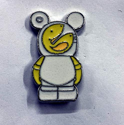 GOOD LUCK BAD LUCK FORTUNE COOKIE (28005-2011) from the Vinylmation JR #3 Mystery Pin PackAn official Theme Parks trading pin. The back of the pin has a silver-colored stamped box indicating the pin is fully tradeable at any Theme Park or Store from a cast member PN07