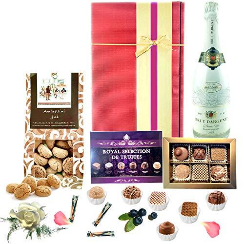 """♥ """"Zum Naschen"""" - Geschenkkorb mit Pralinen und Sekt als Geburtstagsgeschenk für Frauen & Männer"""
