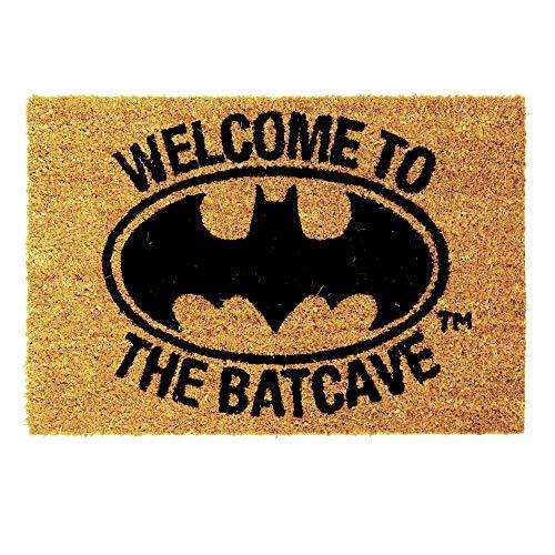 """Wash+Dry Batman - Felpudo, diseño de Batman con texto """"Welcome to the Batcave"""""""