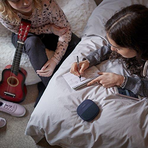 Bose SoundLink Micro, tragbarer Outdoor - Lautsprecher, (kabellose Bluetooth-Verbindung), Dunkelblau