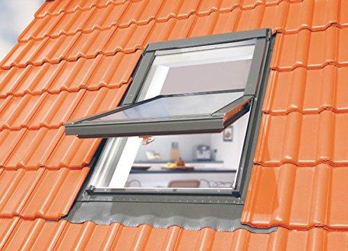 Optilight Dachfenster mit Eindeckrahmen wellig & Dauerlüftung - 114 x 118 FAKRO Konzern