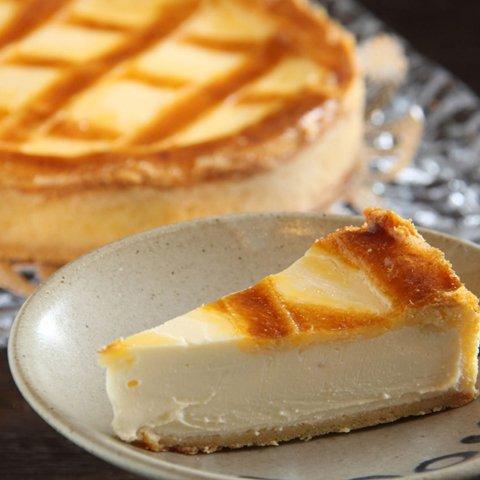 トロイカ チーズから手づくりの幻のチーズケーキ ベークドチーズケーキ 7号(12人分)