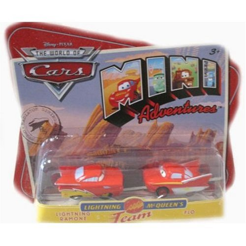 Disney CARS Mini Adventures Lightning McQueen's Team 2-Pack Lightning Ramone & Flo